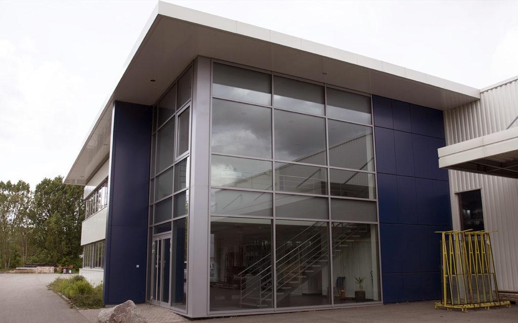 Habillage façades en tôle d'aluminium